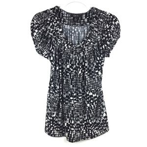 Style & Co Tops - Style & Co Black & White Printed Pleated Top